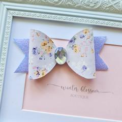 Soft Lilac Flowers Frankie Bow