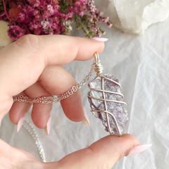 Lepidolite pendant - Silver 80cm