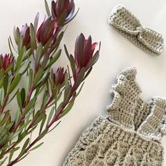 Baby crochet headband, size 0-3m or 000 0000, ear warmer