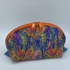 Clam Up Extra Large Cosmetic Bag-Opal Fire
