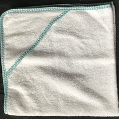 New Born Hooded Bath Towel Turquoise Spots