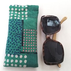 Fabric Glasses Sleeve / Padded Glasses Case / GREEN - abstract dots
