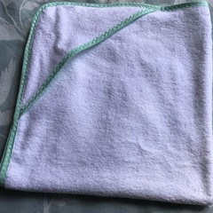 New Born Hooded Bath Towel Mint Spot