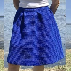 Modern crochet pleated full midi skirt PDF pattern. Easy / beginner sizes 8 - 18