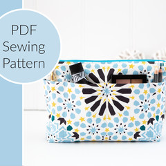 Zip Pouch with Multiple External Pockets PDF Sewing Pattern