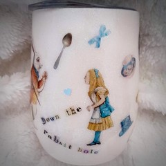 Vintage Alice in Wonderland wine tumbler
