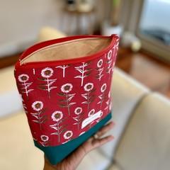 Cosmetic bag / Zipper Pouch