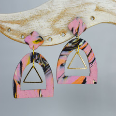 Pink Marbled Arch with Gold Embellishment
