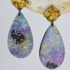 Large Galaxy Teardrop with Gold Hammered look Stud