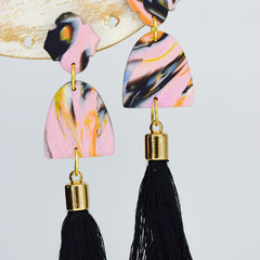 Pink Marbled Mini Arch with Tassel