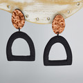 Copper stud with textured Black Arch