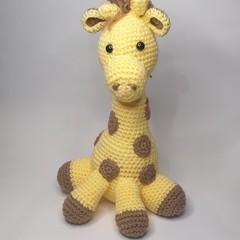 Baby Giraffe - yellow horns