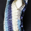 Fingerless gloves, wrist warmer with two rows of dragon / mermaid scales