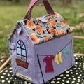 Take along Play house / Fabric doll house