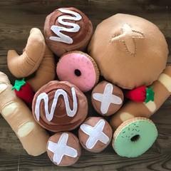 pretend play felt sweet bakery breads set