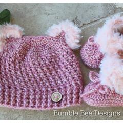 Crochet baby booties & hat, Raspberry Sorbet booties, baby booties, fur booties