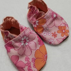 Aria Retro soft soled shoe
