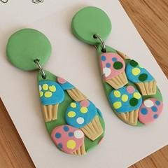 Cupcake Dangle Drop Earrings FREE POST
