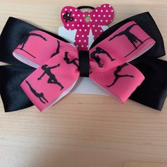 Black and pink double layer bow.