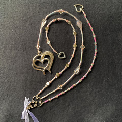 Beaded wedding keepsake - pink