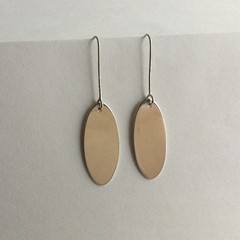Oval drop earrings handcrafted in sterling silver 925