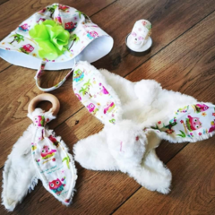 Baby Gift Set: soft toy, teething ring and hat
