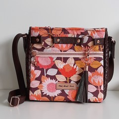 Retro Floral Momexa Crossbody Bag
