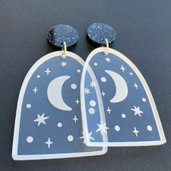 Night Window Acrylic Earrings - Engraved with Moon and Stars
