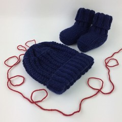 Newborn Baby Gift Set | Beanie / Hat | Pair Booties | Hand Knitted | Navy Blue