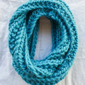 ADULT - 100% CHUNKY WOOL 'BOTTLEBRUSH' INFINITY SCARF - Various Colours