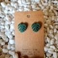 Resin leaf stud earrings
