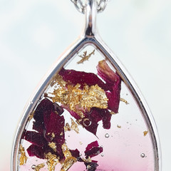 Resin and Dried Flower Pendant
