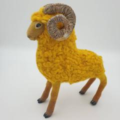 Ram with the golden fleece, mythical creatures, Greek mythology