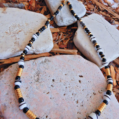 Classic Necklace in Black, White & Gold