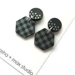 Winter metallics Statement Earrings - Gingham hex