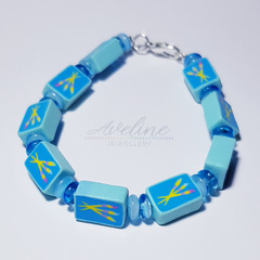 Blue/Paintbrush Beaded Bracelet
