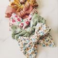 Cotton pinwheel bow pairs