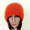 Woman orange wool slouch beanie