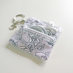 Headphone / Coin Zipper Pouch with Keyring and Clip | Black and White Blooms