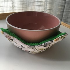 Reversible Bowl cozies - Rabbits with green contrast