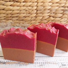 French Pink Clay & Gold Handmade Natural Luxury Soap - Vegan - Palm free