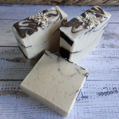 Oatmilk and Cocoa - Handmade Natural Luxurious Spa Soap - Vegan - Natural - Unsc