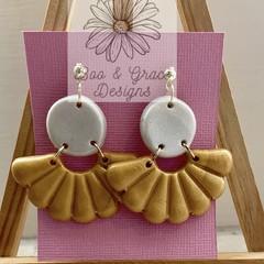 Fanfetti Earrings