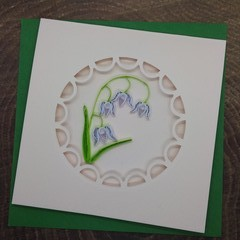 Round Window Scalloped Edge Lily of the Valley