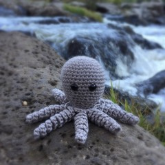 Crochet Octopus Softie |Toy | Wool Bamboo | Gift Idea | Hand Crocheted | Natural