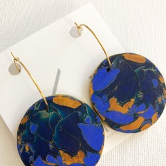 BLUE MOOD - Navy Blue + Gold Marbled Hoops - Statement Earrings (Maxi)