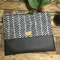 Flat Clutch - Black & Grey Dash/Black Faux Leather