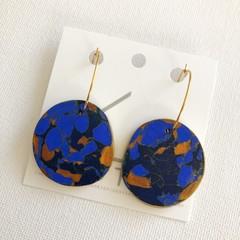 BLUE MOOD - Navy Blue + Gold Marbled Hoops - Statement Earrings (Organic Shape)