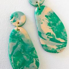 JADE Stone Doible Drops - Emerald Green + Light Peach