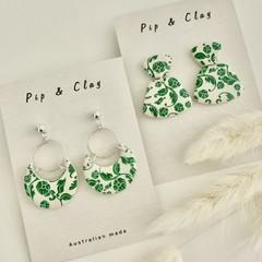 Emerald vintage floral earrings